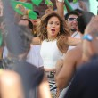 Jennifer Lopez sul set di We Are One (Ola Ola)04
