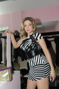 Vittoria risi blitz quotidiano for Porno dive italia