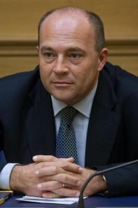 Alfonso papa torna in carcere nuova inchiesta per l 39 ex for Parlamentare pdl