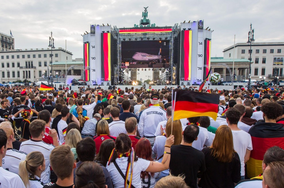 La germania campione del mondo arriva a berlino04 blitz quotidiano - La germania cucine opinioni ...