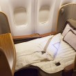 singapore-airlines-first-class-bed