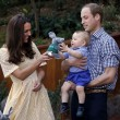 "William e Kate contro fotografo-stalker: ""Perseguita il principe George"""