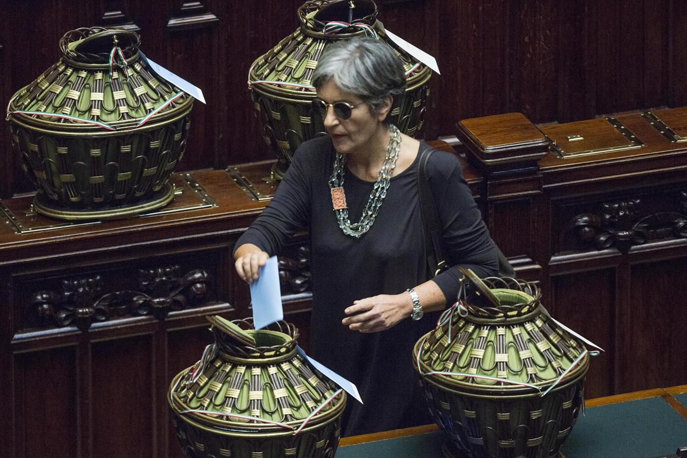 Seduta comune parlamento per elezione di due giudici della for Il parlamento in seduta comune