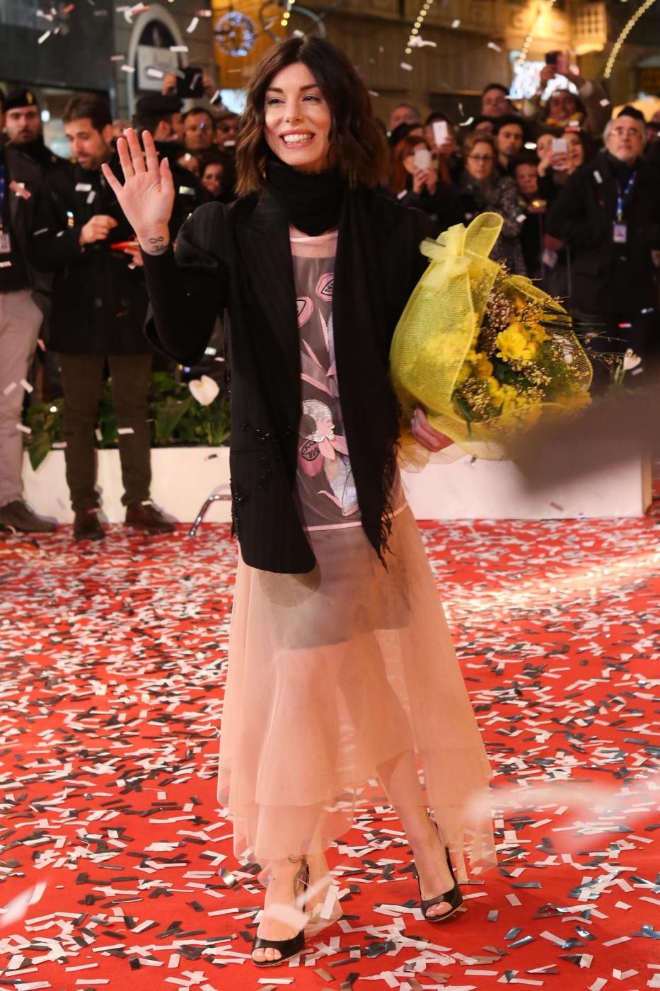 Sanremo 2015, i 20 Big sfilano sul red carpet del teatro ...