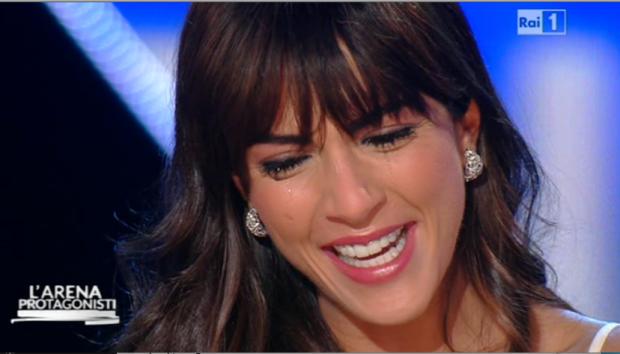 Sanremo 2015 rocio munoz morales piange anche da giletti02 blitz quotidiano - Finestre pensione 2015 ...
