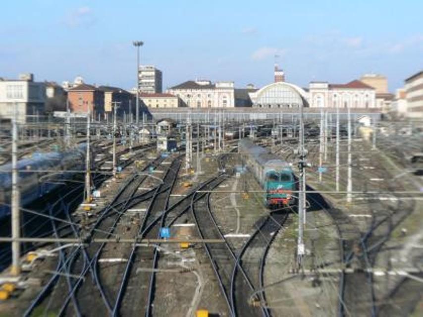 Verona incendio in stazione porta nuova traffico - Orari treni porta nuova torino ...