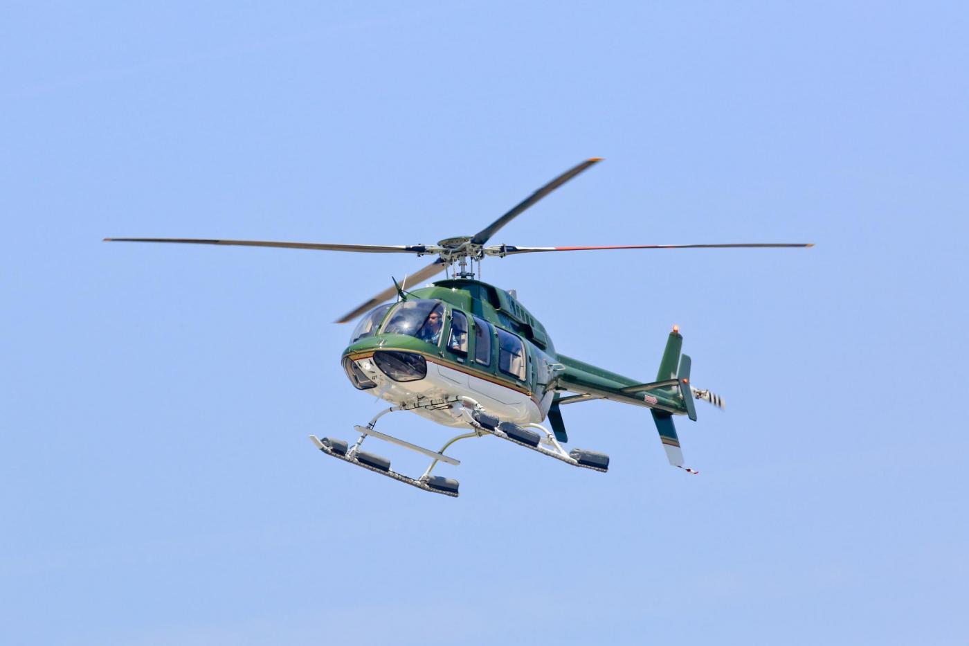 Elicottero Di Carta : Harrison ford torna a volare in elicottero dopo incidente