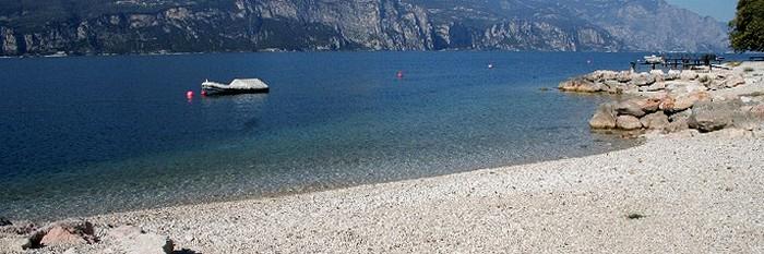 Spiagge del lago di garda le pi inquinate dove meglio non fare il bagno blitz quotidiano - Lago di bolsena dove fare il bagno ...