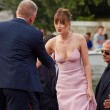 Dakota Johnson, chi è l'attrice del film 50 sfumature di grigio 3