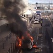 Taxi in fiamme all'aeroporto di Glasgow2