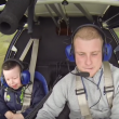 YOUTUBE In volo con Robbie, bimbo con sindrome di Williams 4