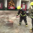 VIDEO YOUTUBE Coca cola può spegnere un incendio? 3