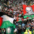 YOUTUBE Celtic, tifosi con bandiere Palestina: in campo squadra israeliana3