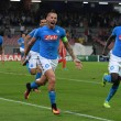Napoli-Benfica 4-2. Video gol highlights, foto e pagelle. Mertens doppietta