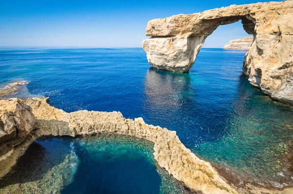 Malta crolla finestra azzurra arco naturale su mare simbolo dell 39 isola di gozo foto - La finestra azzurra gozo ...