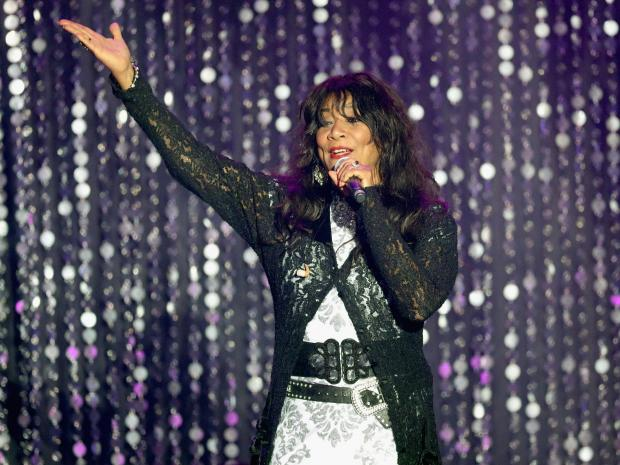 "Joni Sledge è morta: con le sue sorelle cantava ""We are Family"" VIDEO02"