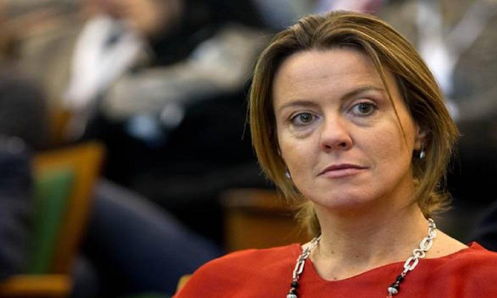 Lieve malore per il ministro Lorenzin, controlli al Gemelli