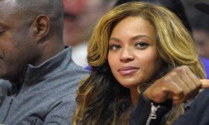 Beyonce, i gemelli ancora ricoverati, soffrono di ittero