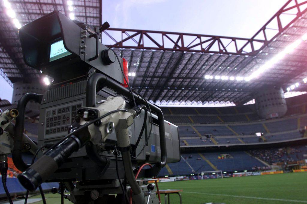 Sky si riprende la Champions: battuta Mediaset per il triennio 2018