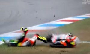 YOUTUBE Lorenzo Baldassarri, brutta caduta in Moto 2 ad Assen