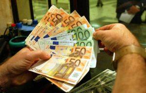 Tasse, premio a chi dichiara di meno: Irpef la pagano (al 95%) dipendenti e pensionati. Gli altri a carico di chi paga