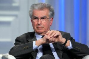 """Consip, Luigi Zanda (Pd): """"Fuga di notizie agli 007 sarebbe gravissima"""""""