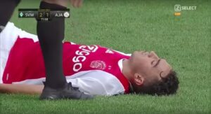YouTube, Abdelhak Nour collassa in campo: aritmia cardiaca