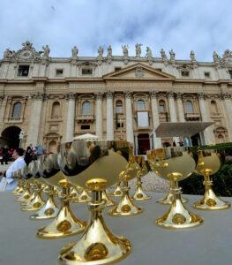 Ostia per celiaci? Vaticano dice no. Ci vuole il glutine, vino genuino e pane fresco