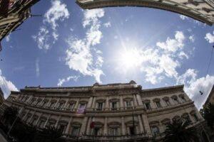 Banca d'Italia, 85mila candidati per 30 posti: boom di domande per vice assistenti
