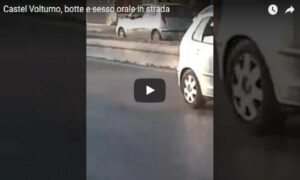 YOUTUBE Coppia ha un rapporto orale in strada: VIDEO scandalo a Castel Volturno