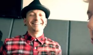 Chester Bennington ha visto un Ufo prima di morire: VIDEO confessione