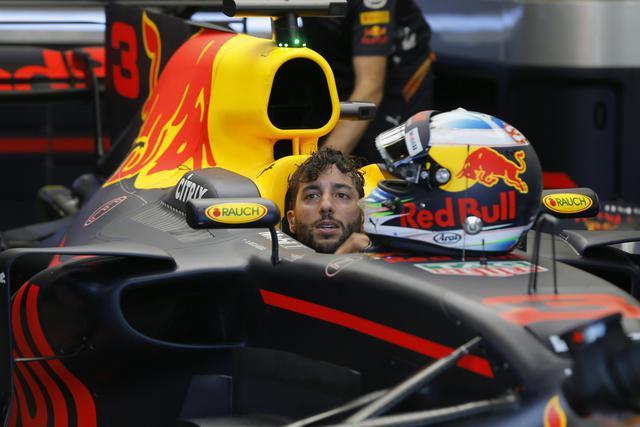 F1 Gp Silverstone: Daniel Ricciardo è stato penalizzato
