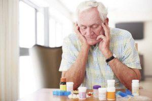 Farmaci doppioni, 150 mila anziani sono a rischio sovraddosaggio
