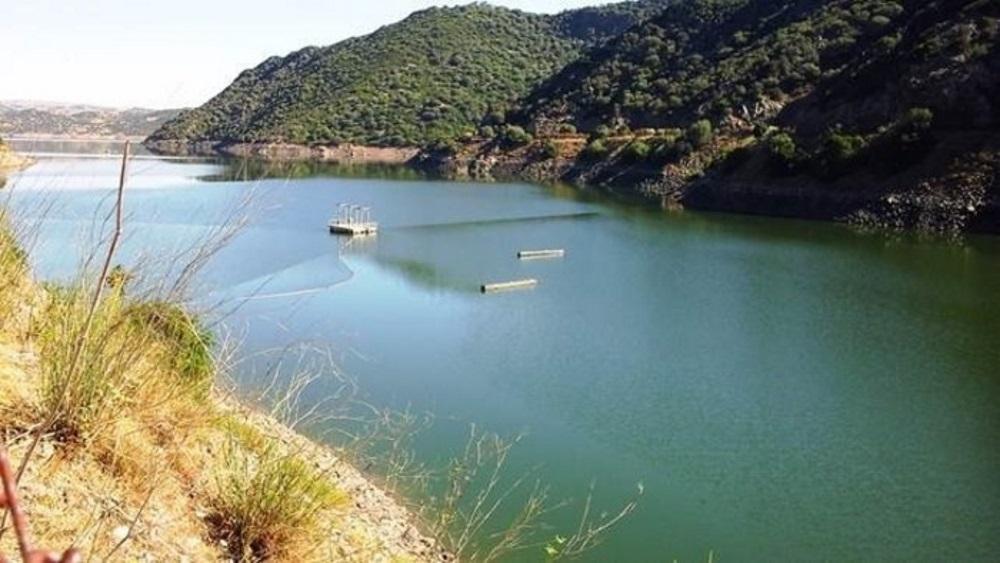 Orroli, tre dispersi nel lago Mulargia: trovato un cadavere