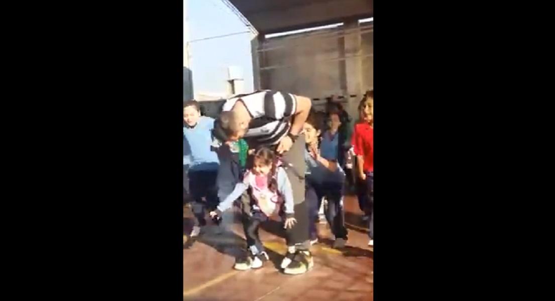 Youtube argentina maestro di educazione fisica riesce a - Adi san fernando ...