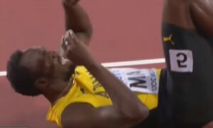 Usain Bolt, finale drammatico: infortunio nell'ultima gara della sua carriera VIDEO