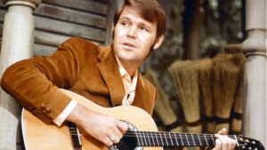 YOUTUBE Glenn Campbell è morto: fu leggenda della musica country
