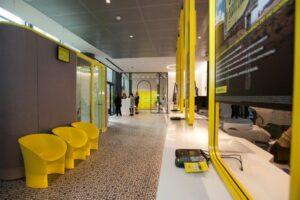 Nuovo Ufficio Postale Milano : Poste italiane ufficio smart del futuro niente fila prenoti il