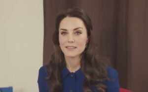 YOUTUBE Kate Middleton riappare in pubblico. Per una buona causa