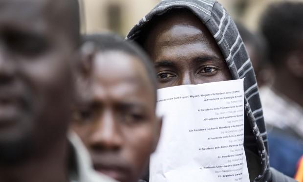 Immigrato ghanese profugo per malocchio e ottiene il for Permesso di soggiorno status