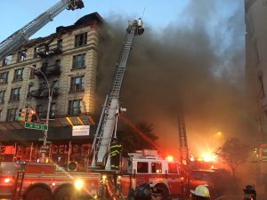 New-York-incendio-palazzo-Manhattan