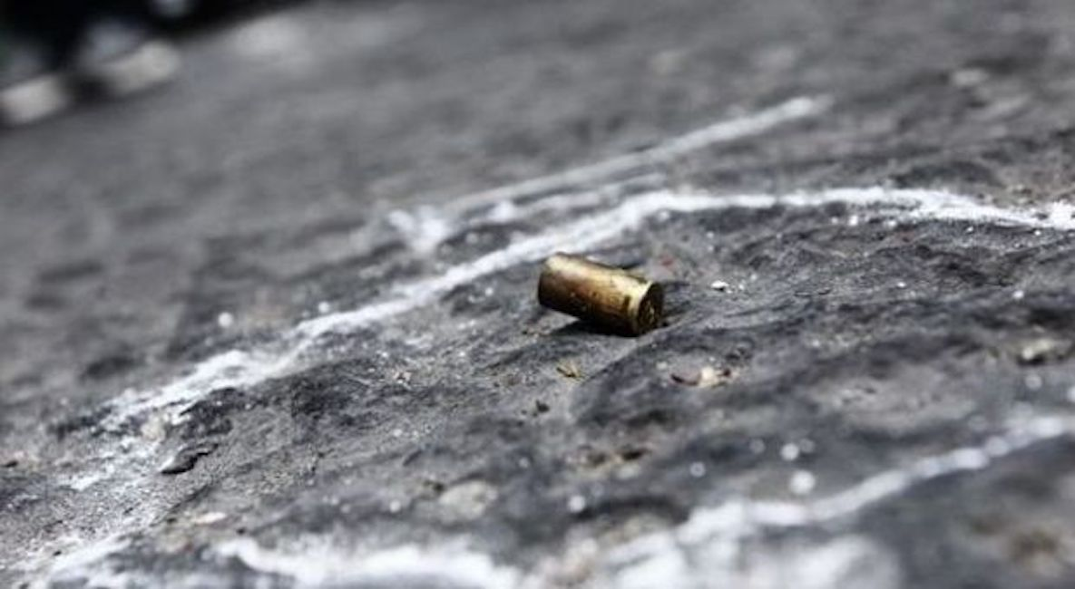Parete, 14enne ferito alla testa da proiettile vagante: è grave