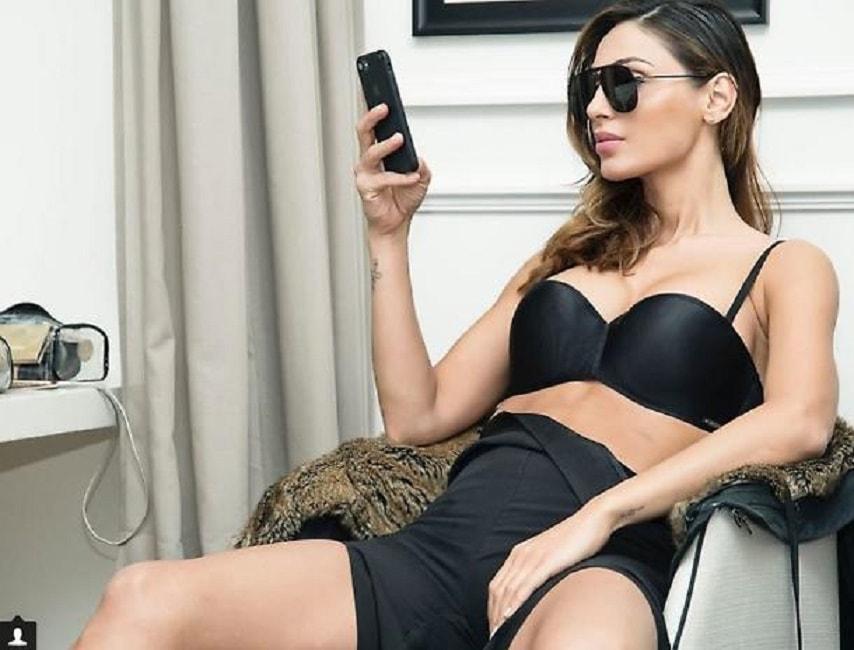 Foto sexy depoca in bianco e nero di ragazze nude con
