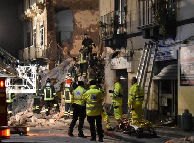 Esplosione a Sesto San Giovanni, due appartamenti distrutti