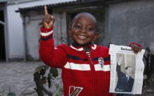 Modena, operaio ghanese chiama il figlio Silvio Berlusconi
