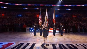 Fergie canta inno in versione Jazz all'Nba All Star Game