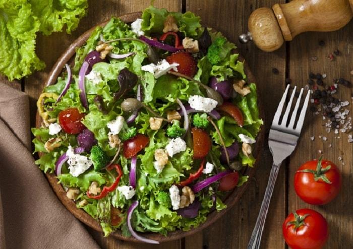 Il passo indietro: in Italia diminuiscono i vegani
