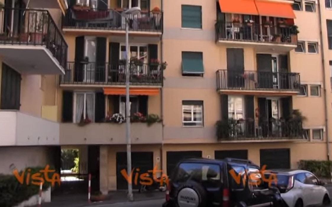 Genova appartamento in fiamme muore una donna e i suoi cani for I suoi e i suoi bagni