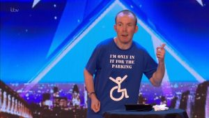 Lost Voice Guy, il disabile che non parla, vince il Britain's Got Talent come comico