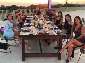 Cristiano Ronaldo lascia una mancia da record in Grecia: 20mila euro ai dipendenti del resort (foto Instagram)